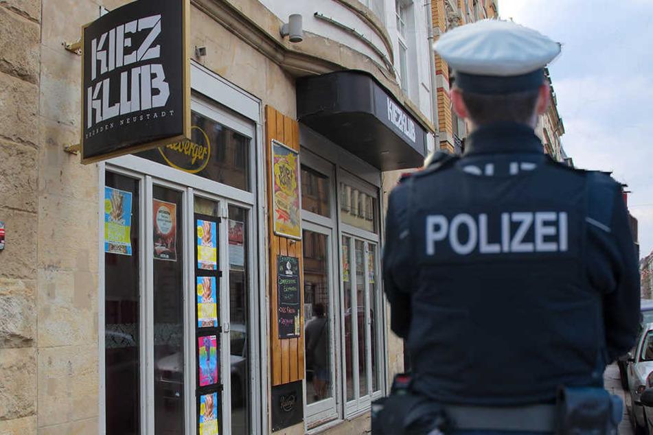 Beamte nahmen jetzt einen 27-Jährigen nach einer Messerattacke fest.