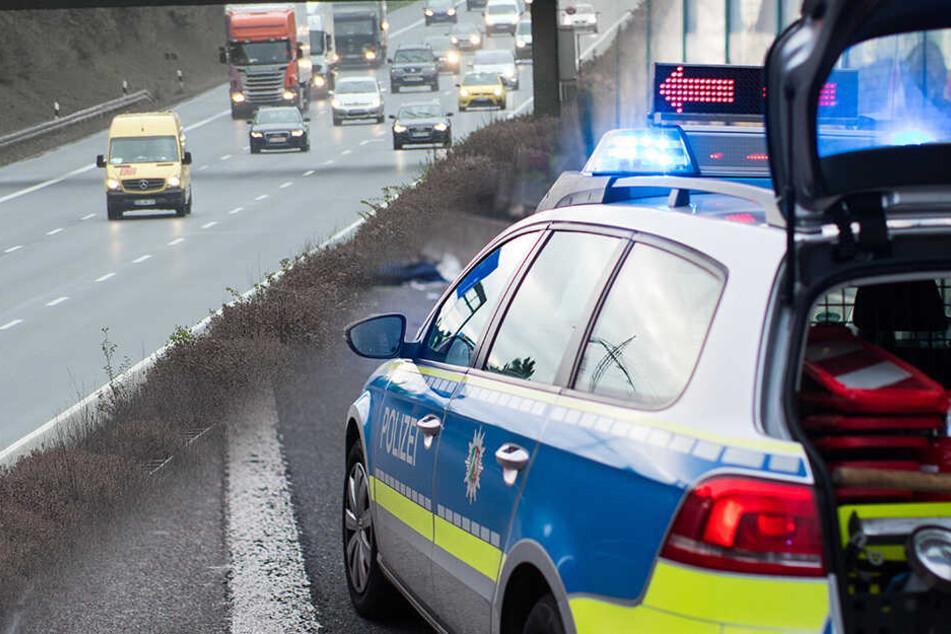 Schock auf A4 bei Bautzen: Stichflamme schießt plötzlich aus BMW