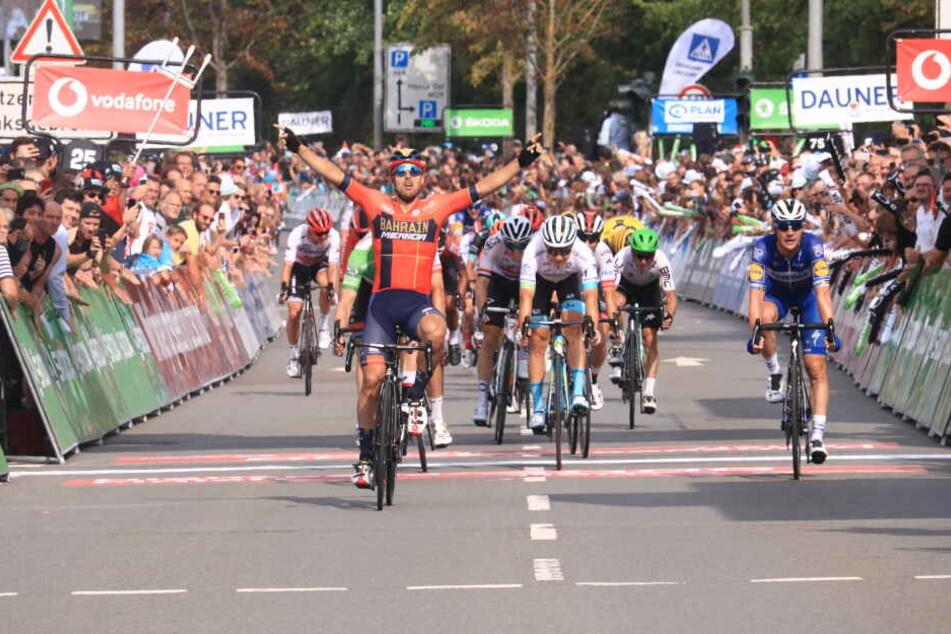 Sonny Colbrelli sicherte sich den Sieg der letzten Etappe in Erfurt.