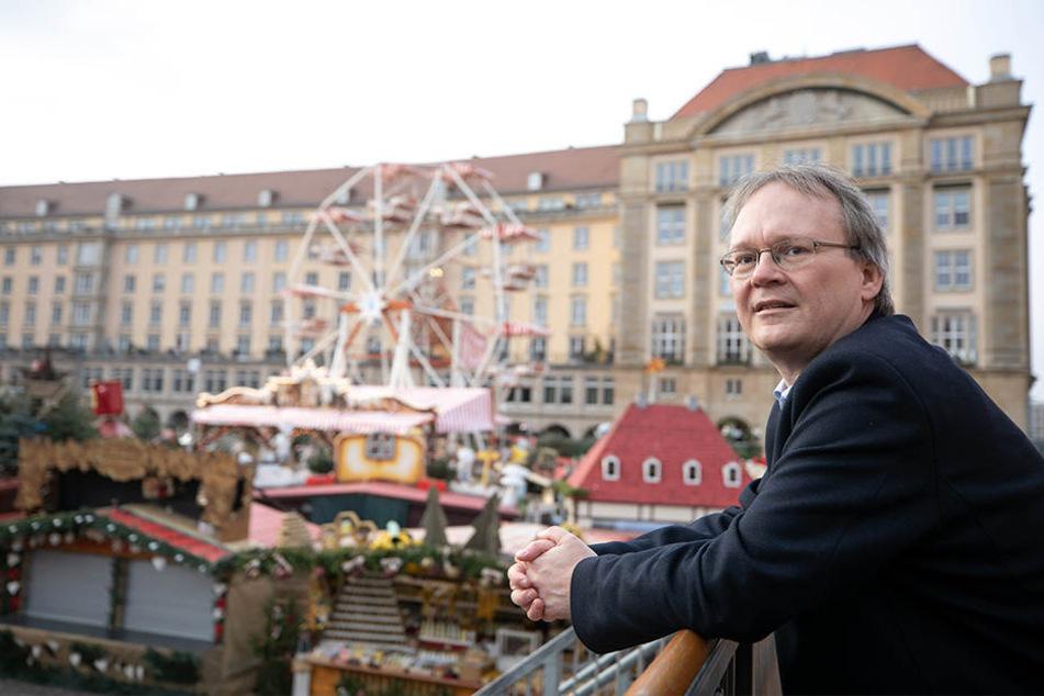 Stadtrat Tilo Wirtz (51, Linke) will den Altmarkt so günstig wie möglich sanieren lassen.