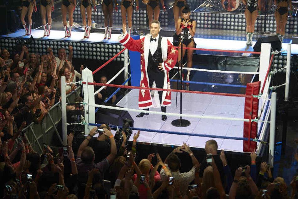 Robbie Williams lässt sich gern feiern. Kann er haben: Am 26. Juni in Dresden :-)