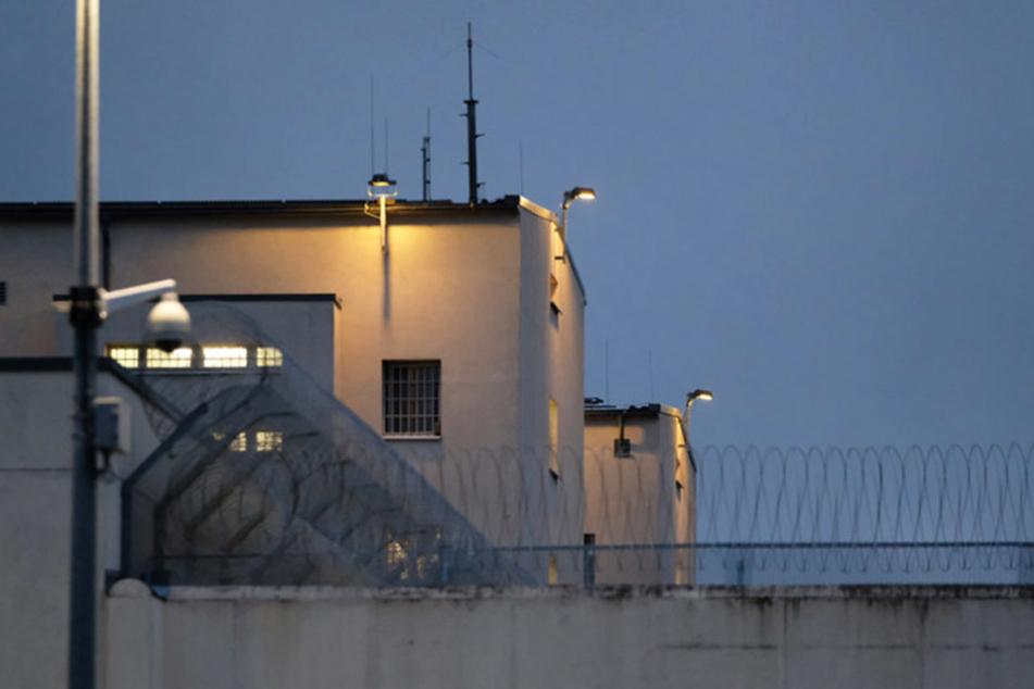 Vor knapp einer Woche erhängte sich in der JVA Leipzig der Terrorverdächtige Dschaber al-Bakr.