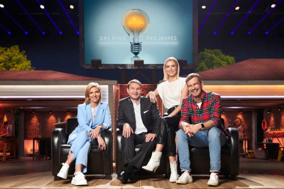 Lea-Sophie Cramer, Hans-Jürgen Moog, Lena Gercke und Joko Winterscheidt sind die Experten-Jury der Show.