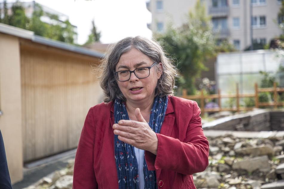 Dresdens Umweltbürgermeisterin Eva Jähnigen (55, Grüne) will die Bahn nicht unnötig belasten.