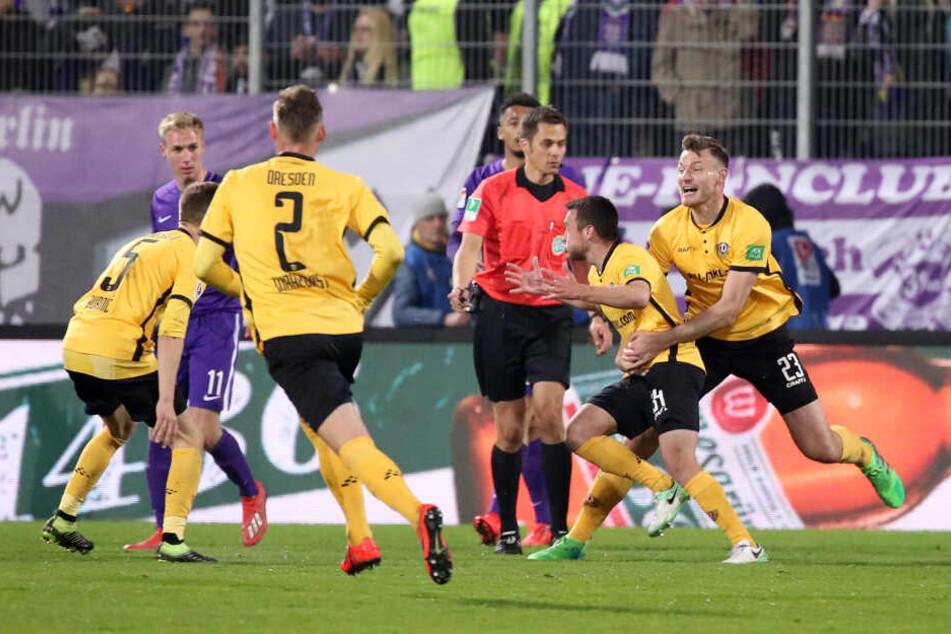 Justin Löwe schoss beim Derby in Aue das vorentscheidende 2:1 für Dynamo.