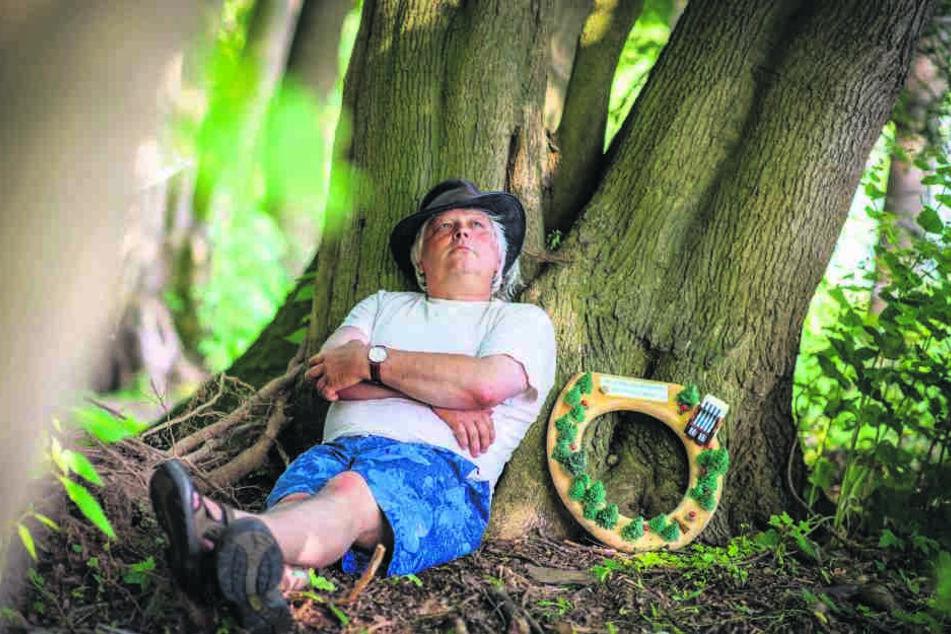 Im Grünen sitzen und genießen - das will Naturpädagoge Jörg Günther (51) Städtern beim Waldbaden beibringen.