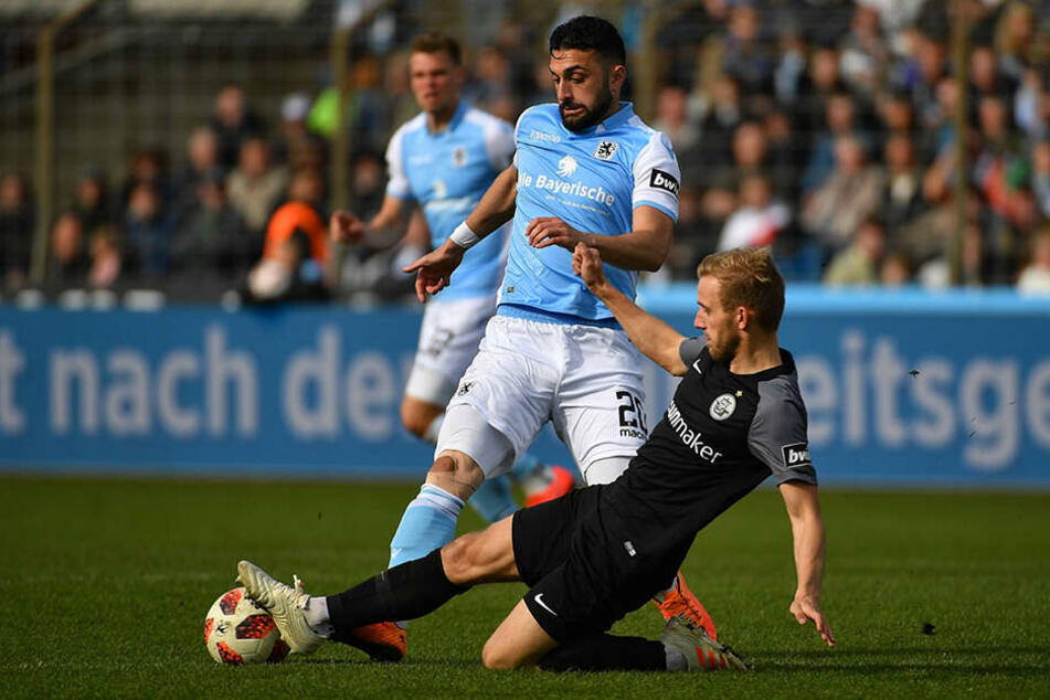 Harter Kampf: Hansa Rostock konnte den Traditionskracher am Ende knapp für sich entscheiden.