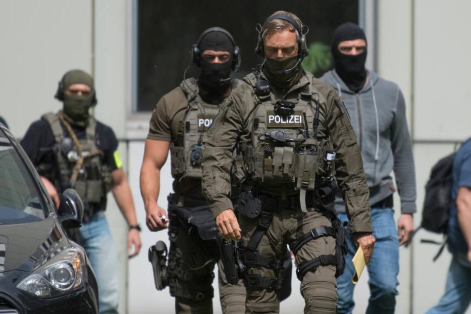 Das SEK sicherte das Gelände zu einem Gerichtstermin von Heikal S. im August.