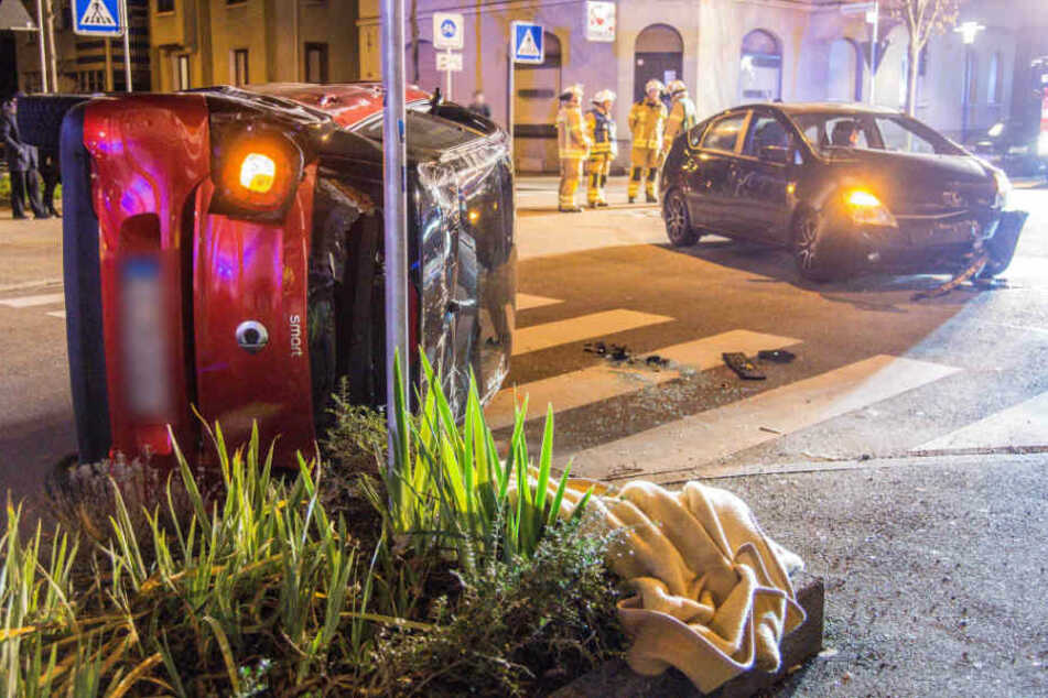 Der Toyota hatte Vorfahrt, doch die Smart-Fahrerin hatte ihn nicht gesehen.