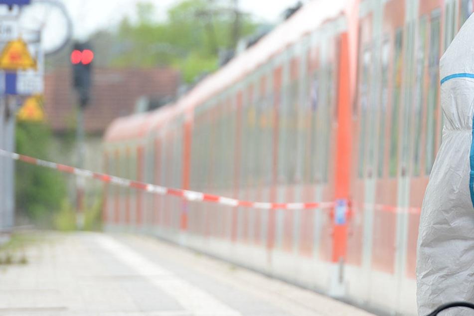 Ein 18 Jahre alte Asylbewerber bedrohte den Schaffner bei der Ticketkontrolle.