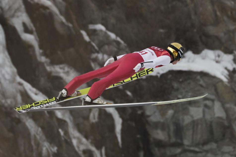 Frenzel bei seinem Sprung im Alpensia-Skisprung-Zentrum.