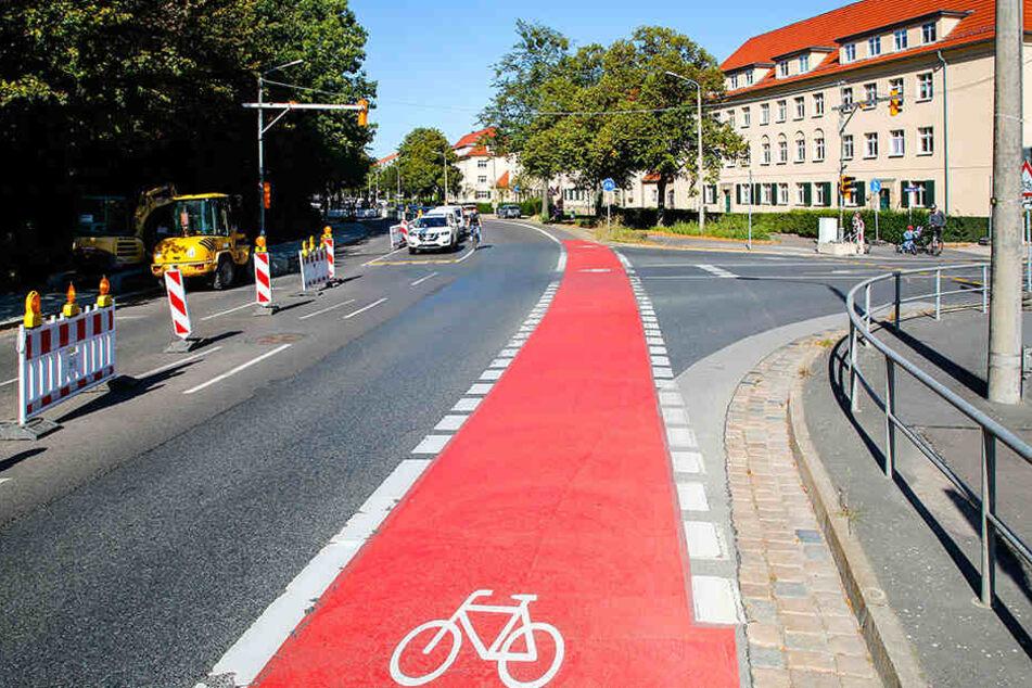 Deshalb malt die Stadt Dresden Radwege rot an