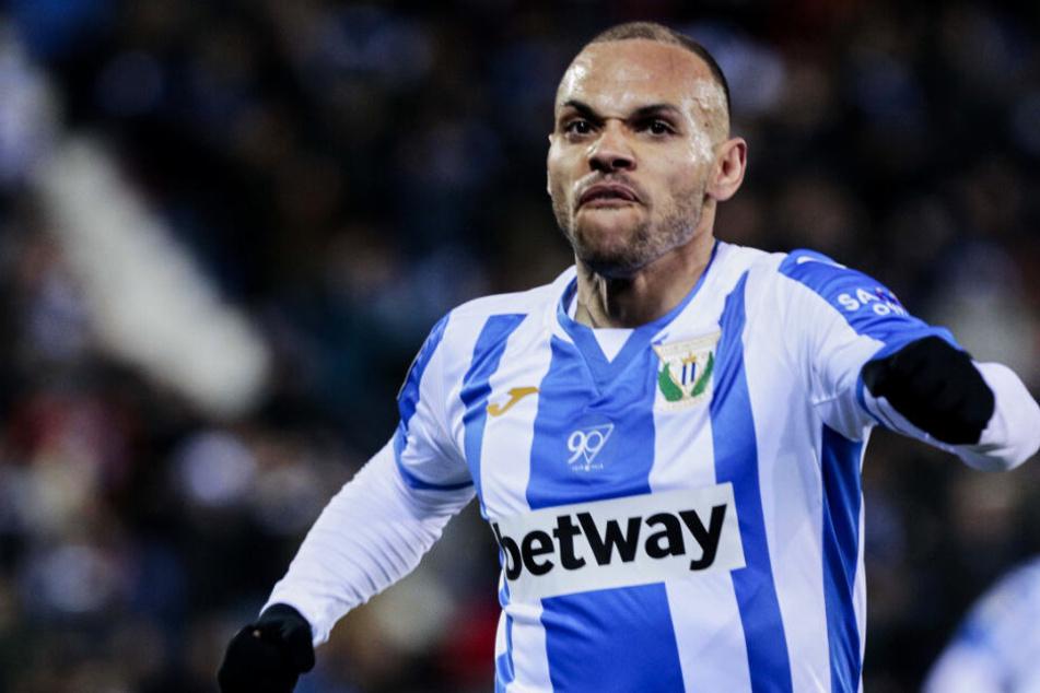 Fix: Darum durfte Barca Braithwaite nach Ablauf der Transferperiode verpflichten