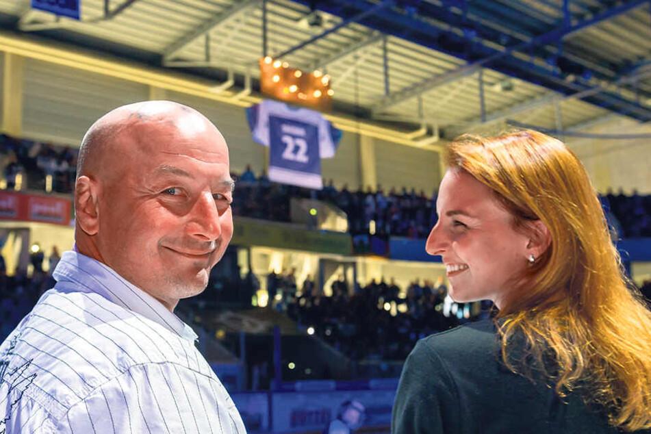 Petr Sikoras trahlte bei der Ehrung mit Tochter Natalie um die Wette.