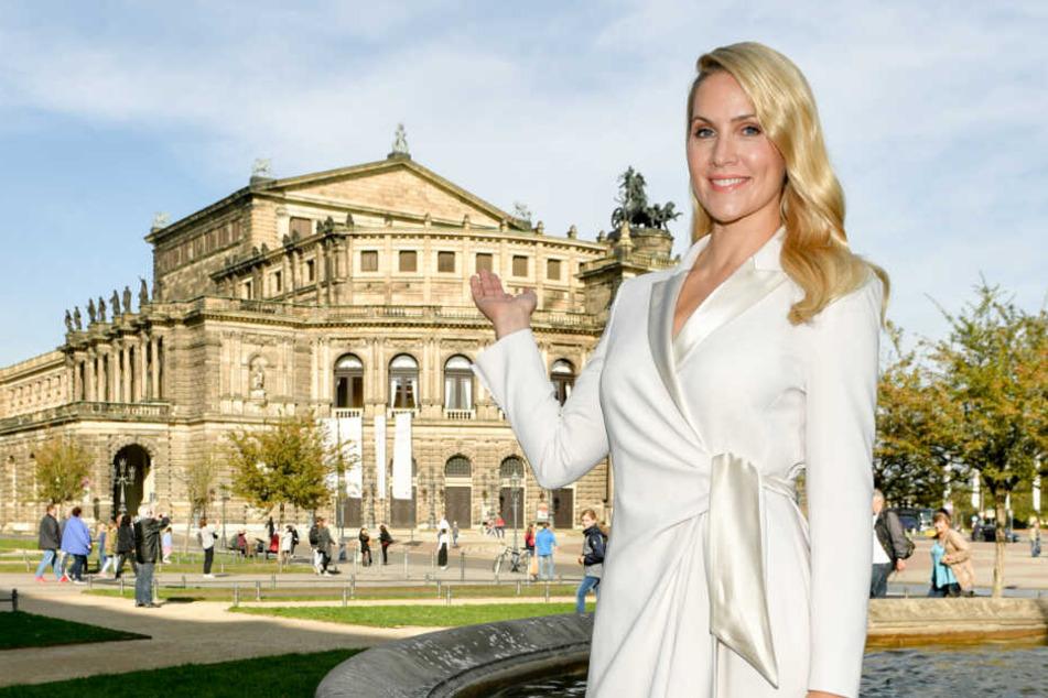 """Tagesschau""-Sprecherin Judith Rakers posiert vor der Dresdner Semperoper."