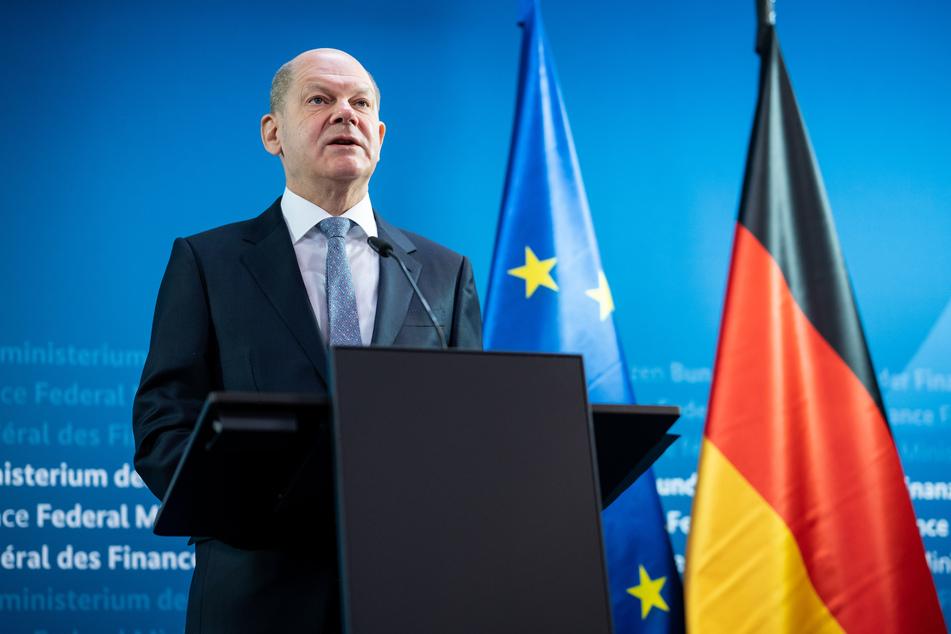Bundesfinanzminister Olaf Scholz (62, SPD) wurde am Freitag ebenfalls mit AstraZeneca geimpft.