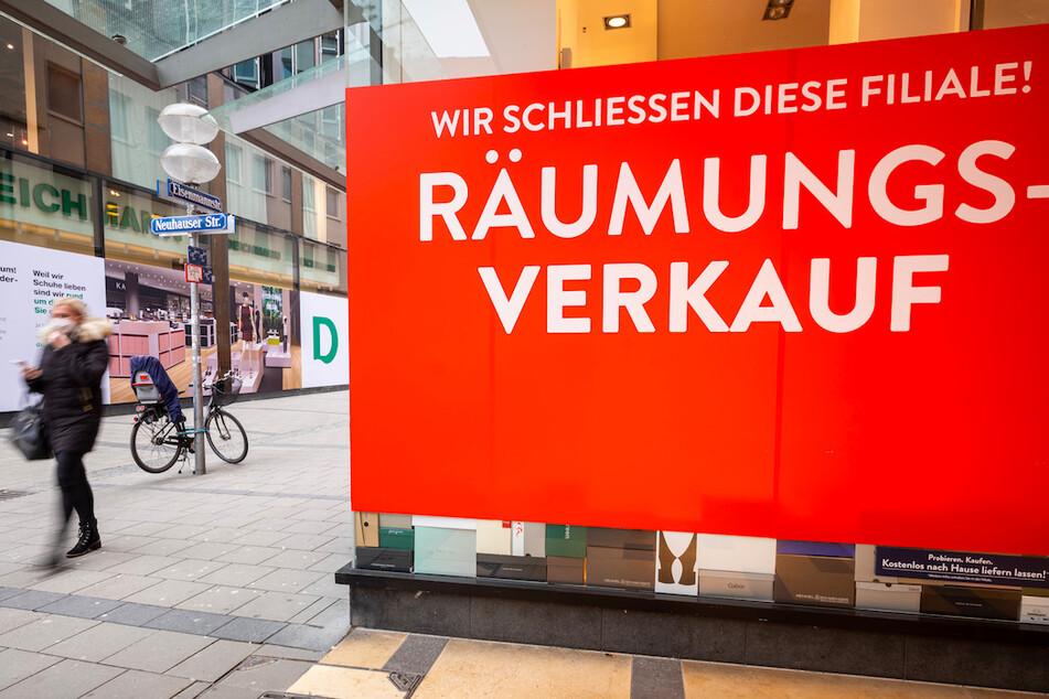 Ungerecht? Modehändler klagt gegen Schließungen in Bayern