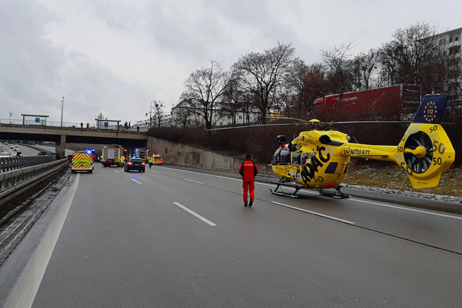 Großeinsatz auf der A96: Mann stirbt bei Verkehrsunfall in München