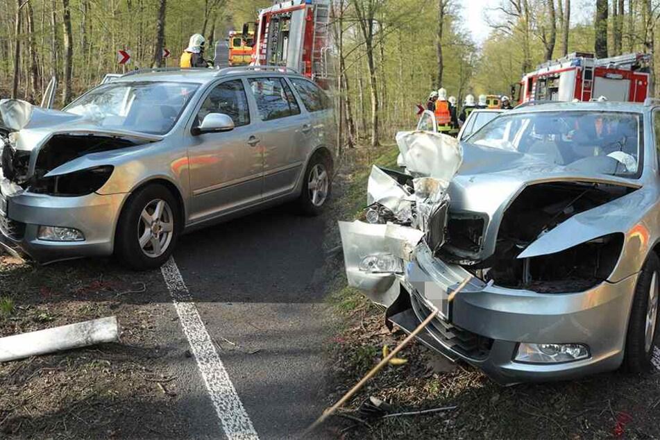 Skoda-Fahrer verliert auf Landstraße die Kontrolle und kracht gegen Baum: Zwei Verletzte