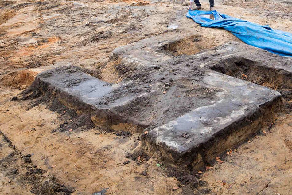 Auf einem Hamburger Sportplatz wurde ein Hakenkreuz gefunden.