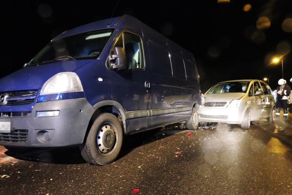 Opel erfasst Opel: Heftiger Auffahrunfall in Naunhof