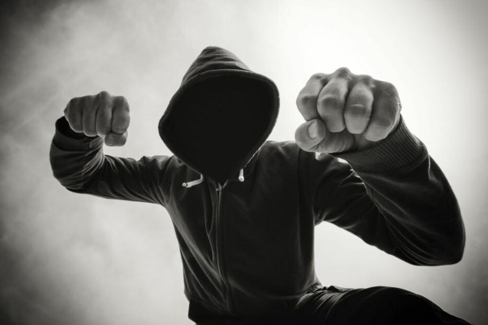 """Mitglieder von """"Gucci-Bande"""" vor Gericht: Rentner fast tot geprügelt!"""
