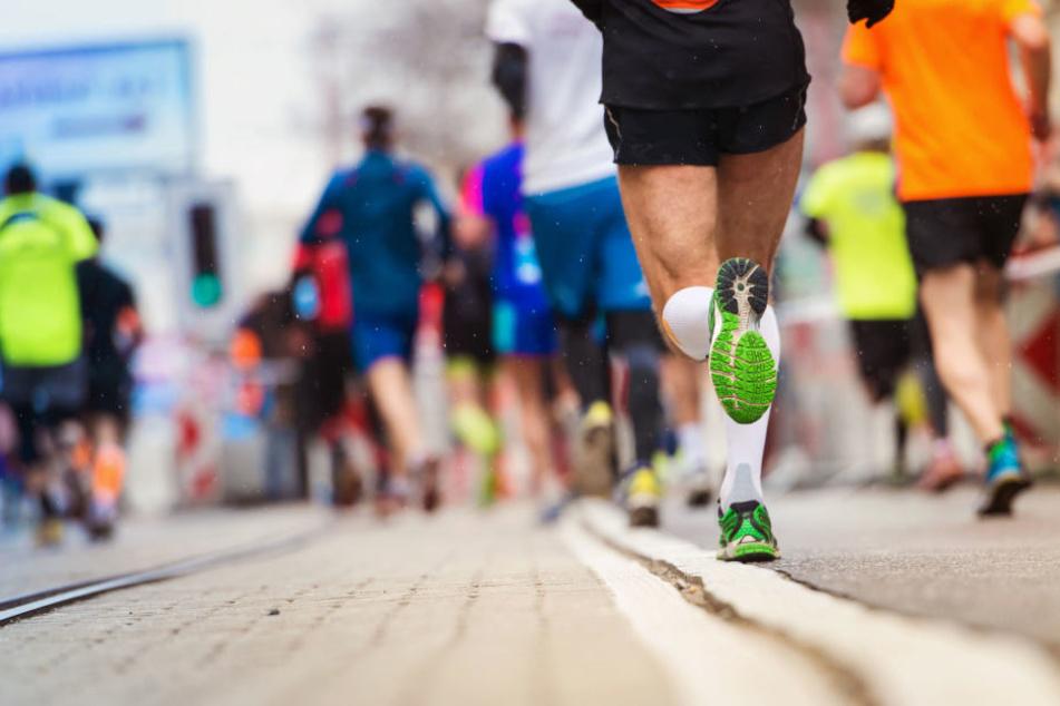 Am Sonntag wird in Leipzig wieder der Halbmarathon veranstaltet. (Symbolbild)
