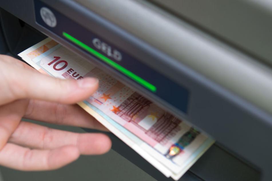 """Wer will, kann in dem """"bit-coin Bistro"""" auch weiterhin mit Bargeld zahlen."""