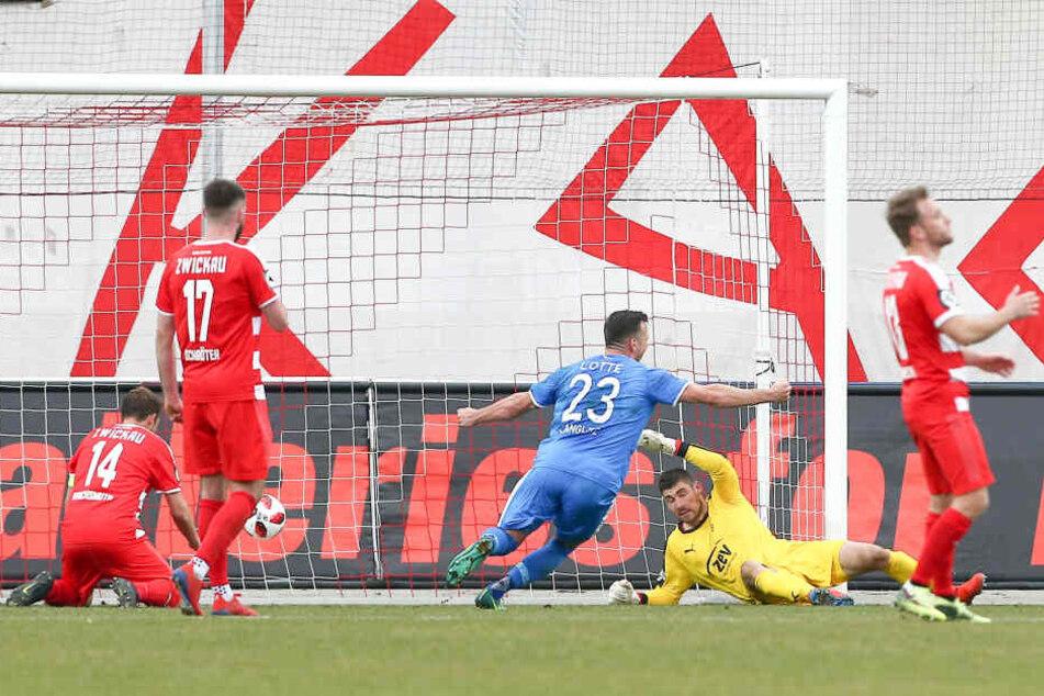 Nichts zu machen für Johannes Brinkies: Das 1:0 für Lotte.