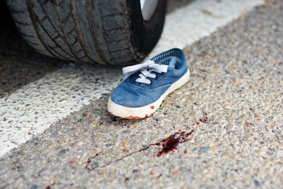 Der Junge wurde bei dem Unfall verletzt. (Symbolbild)