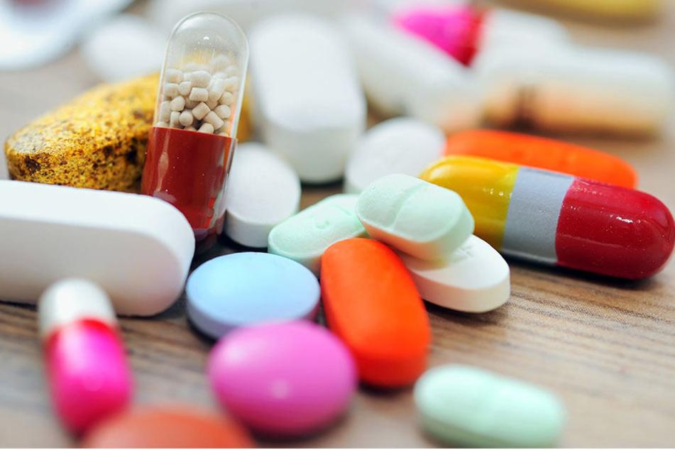 Schmerzmittel, Antibiotika und Hormone werden noch nicht aus dem Abwasser  entfernt.