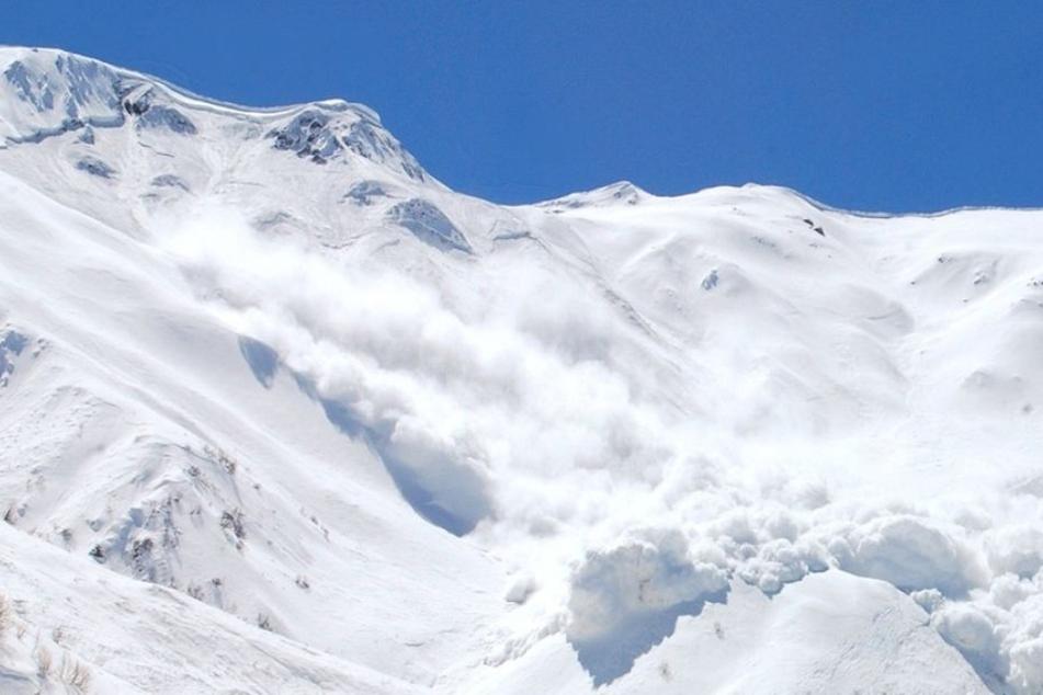 Zwei der vier Wintersportler konnten bereits gerettet werden. Zwei weitere werden allerdings noch vermisst. (Symbolbild)