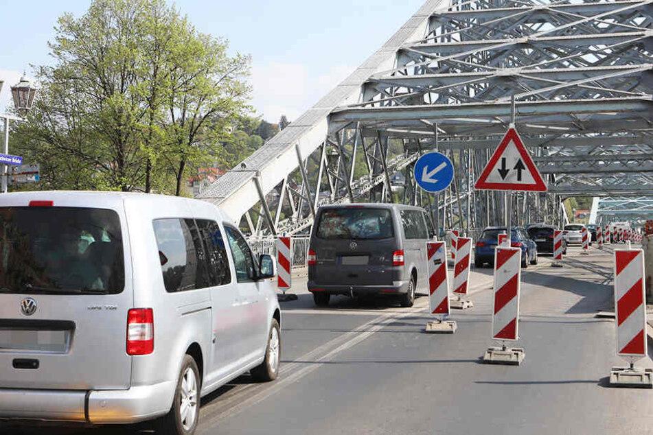 Staufalle Blaues Wunder: Ab heute nur noch zwei Spuren befahrbar!