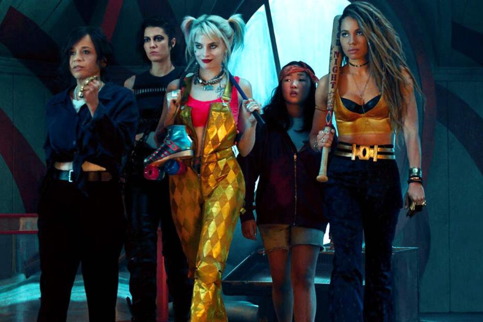 Frauen-Power von l. nach r.: Renee Montoya (Rosie Perez), Helena Bertinelli/The Huntress (Mary Elizabeth Winstead), Harley Quinn (Margot Robbie), Cassandra Cain (Ella Jay Basco) und Dinah Lance/Black Canary (Jurnee Smollett-Bell).