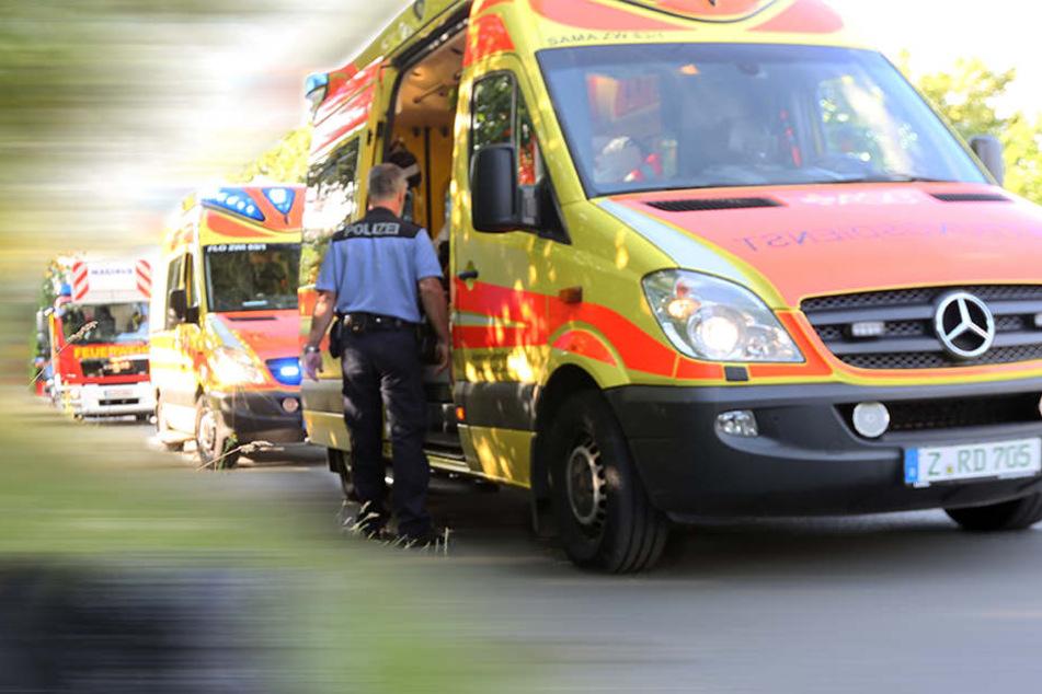 Der Radfahrer erlitt bei dem Unfall schwere Kopfverletzungen, die im Krankenhaus behandelt werden mussten (Symbolbild).