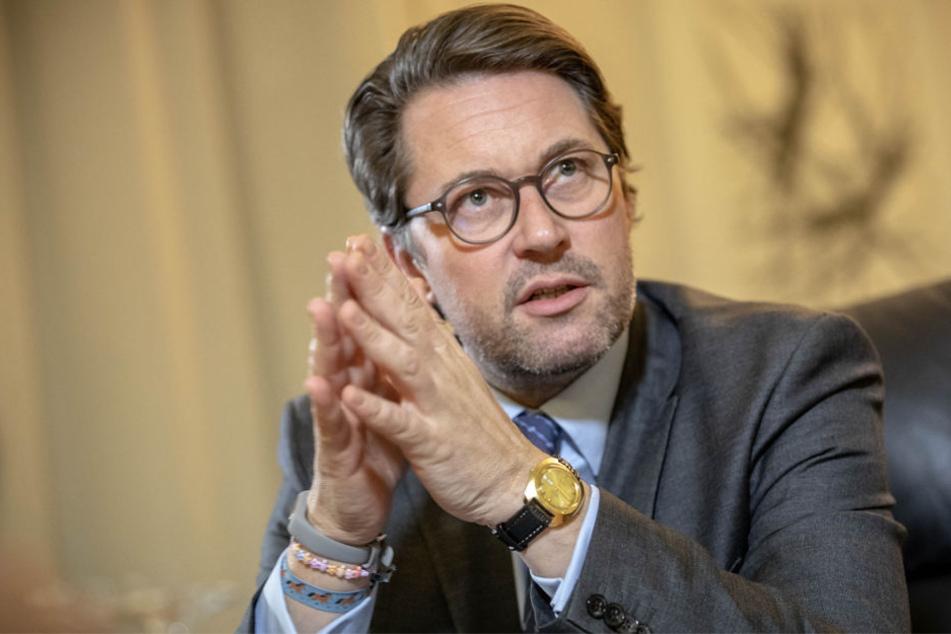 Scheuer zeigte sich zuversichtlich bei der Bekanntgabe der PKW-Maut in Deutschland.