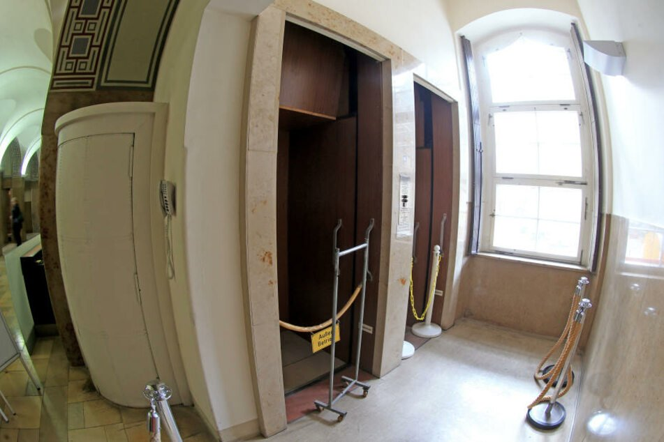 Der Paternoster wurde 2009 stillgelegt.