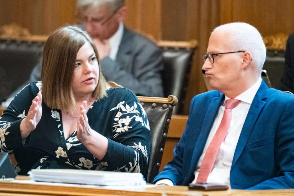 Katharina Fegebank (links) will den Bürgermeister-Posten ihres bisherigen Koalitonspartners Peter Tschentscher. (Archivbild)