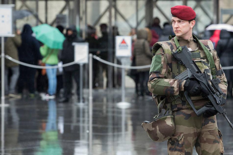 Patrouillierende Soldaten gehören immer öfter zum Bild in französischen Städten.