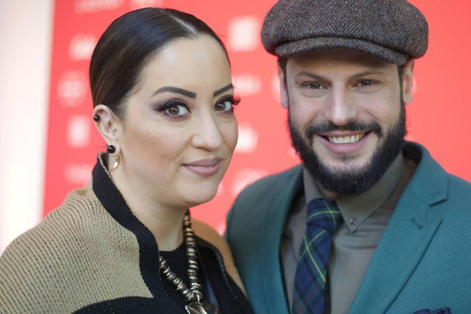 """Gemeinsam moderieren Schauspieler Manuel Cortez und seine Freundin Miyabi Kawai die Sendung """"Schrankalarm""""."""
