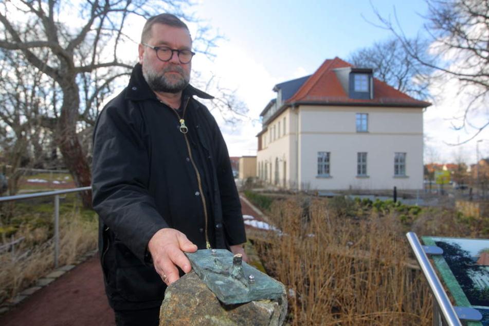 Gerold Augart (57) kann einfach nicht verstehen, wie man Taubblinde einfach so bestehlen kann.