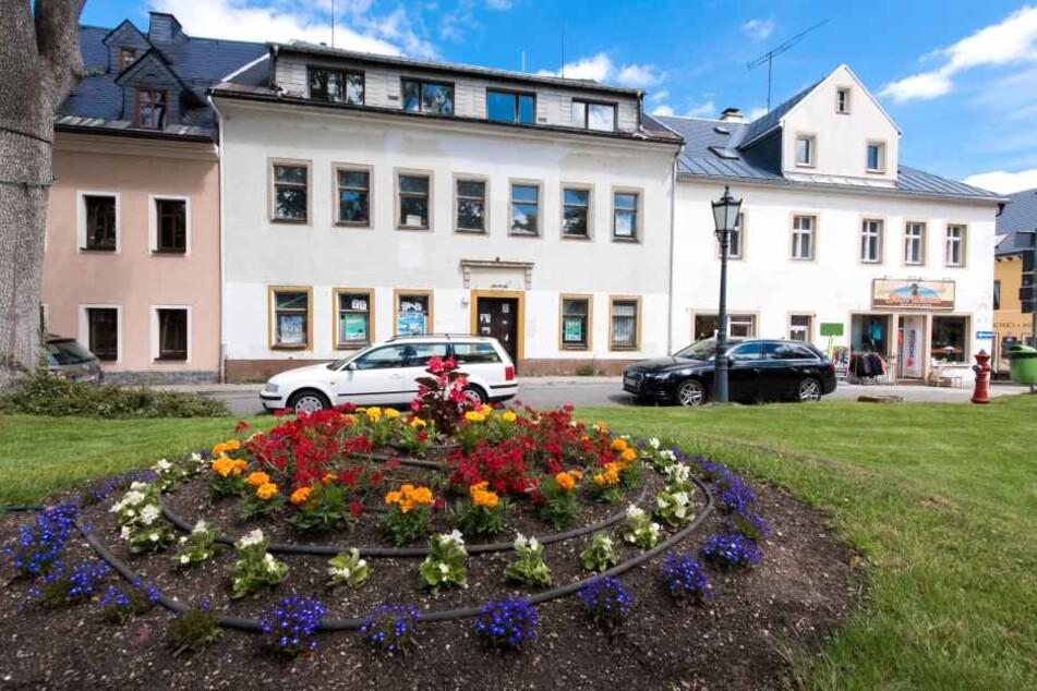 Bekommt Oberwiesenthal hier bald ein muslimisches Gebetszentrum?