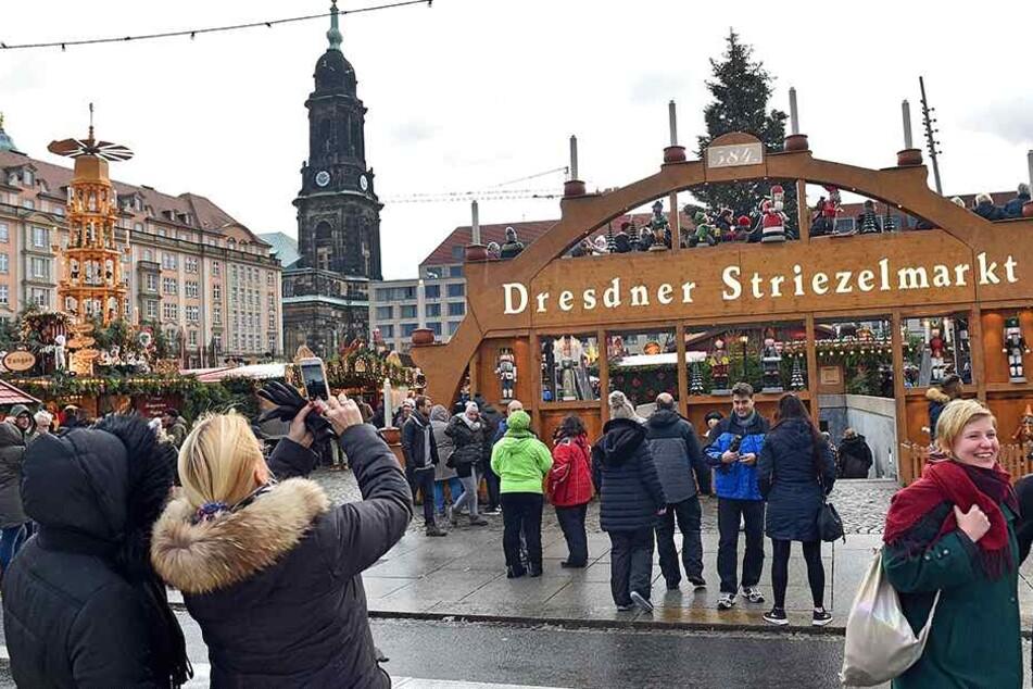 Der größte und traditionsreichste Weihnachtsmarkt der Stadt soll vorerst nicht angetastet werden.