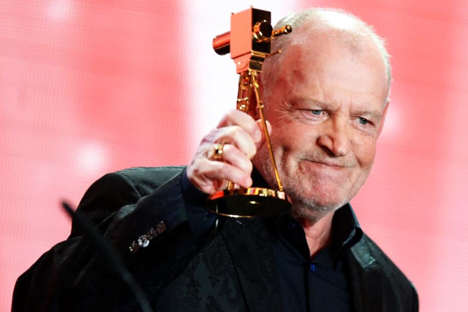 Joe Cocker erhielt 2013 eine Goldene Kamera für sein Lebenswerk in der Musikwelt. (Archivbild)