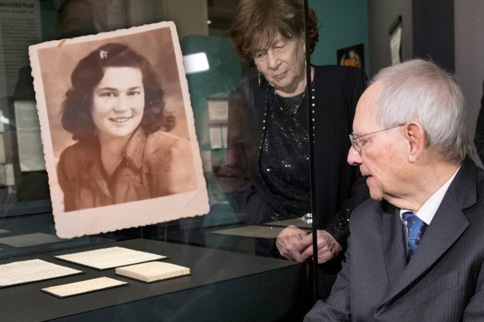 Sheindi Ehrenwald schreibt mit 14 Tagebuch im KZ: Die Aufzeichnungen einer Auschwitz-Überlebenden