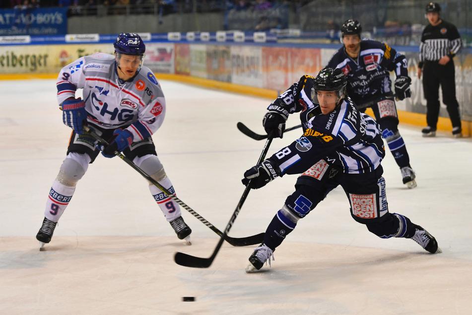 Artus Kruminsch (32, l.) spielte bereits fünf Jahre für die Eislöwen. In 248 Spielen hat er 53 Tore erzielt und 128 Treffer vorbereitet.