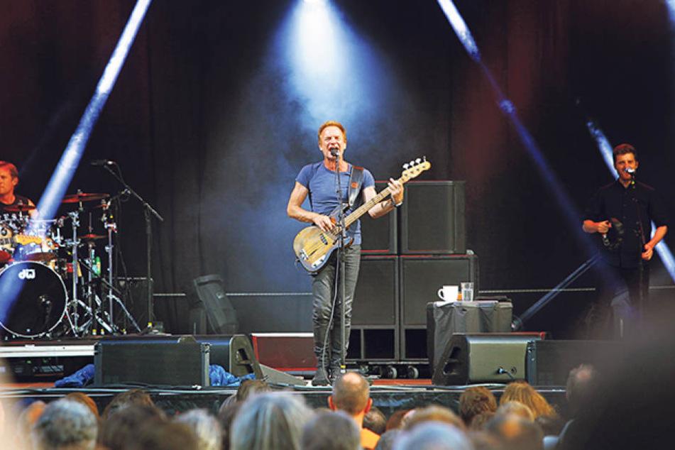 Für den britischen Musiker Sting  (65) riss Mittwochabend der Himmel auf - der Superstar rockte bei bestem Wetter  das Elbufer.