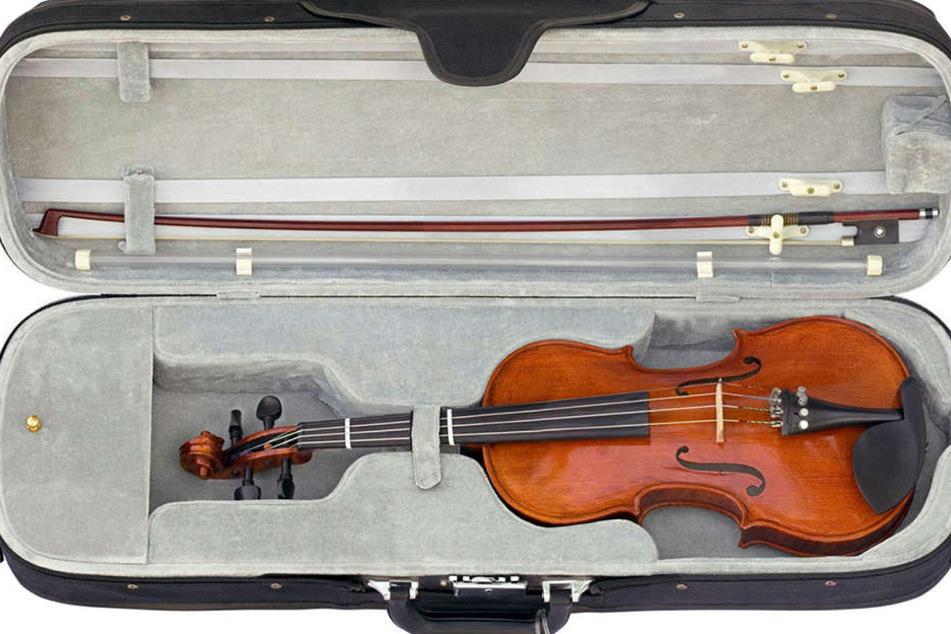 """Violinen können schnell mehre tausend Euro kosten, bei einem Autoklau  verschwand eine """"Herbert Franke"""" im Wert von 10.000 Euro. (Symbolbild)"""