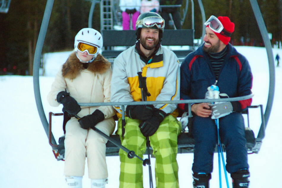 Von links: Marissa (Gayle Rankin) ist nicht gerade begeistert, dass sie und Kyle (Kyle Marvin) von Mike (Michael Angelo Covino) in den romantischen Ski-Urlaub begleitet werden.