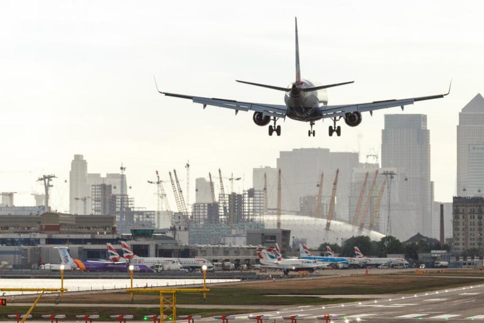 Umweltschützer wollen Londoner Flughafen für mehrere Tage lahmlegen